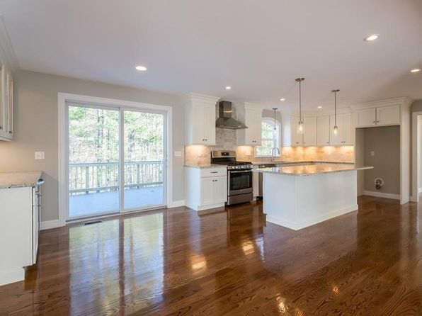 4 bed 3 bath Single Family at 11 RHODE ISLAND RD WILMINGTON, MA, 01887 is for sale at 800k - 1 of 28