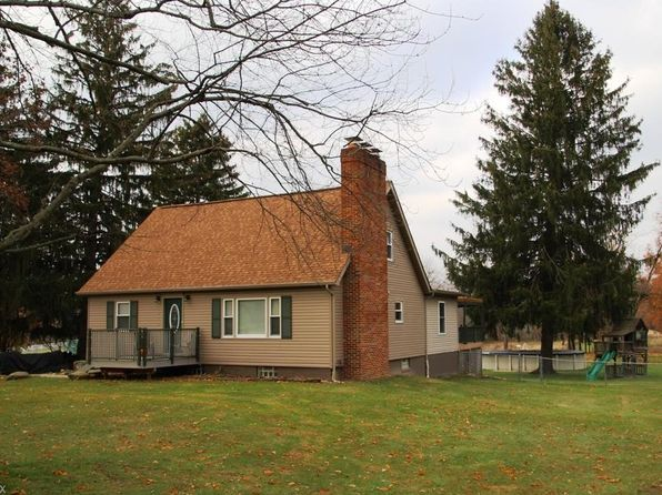 5 bed 3 bath Single Family at 613 W Comet Rd New Franklin, OH, 44216 is for sale at 260k - 1 of 35
