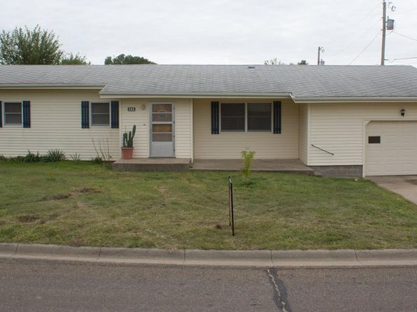 3 bed 2 bath Single Family at 302 11th St Victoria, KS, 67671 is for sale at 83k - 1 of 16