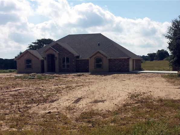 4 bed 3 bath Single Family at 9545 County Road 179 Stephenville, TX, 76401 is for sale at 450k - 1 of 18