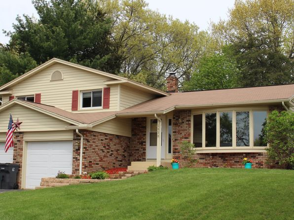 4 bed 2 bath Single Family at 1038 Crestview Cir Baraboo, WI, 53913 is for sale at 205k - 1 of 42