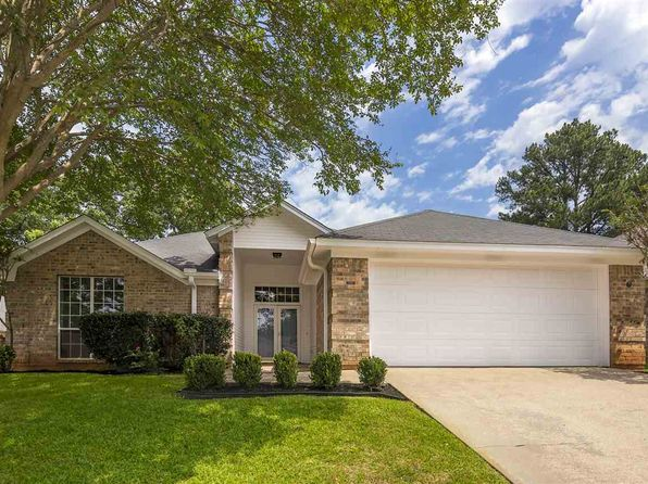 3 bed 2 bath Single Family at 1276 BRANDYWINE DR LONGVIEW, TX, 75601 is for sale at 170k - 1 of 25