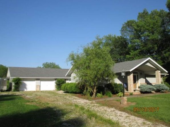 3 bed 3 bath Single Family at 15429 N 800th St Robinson, IL, 62454 is for sale at 275k - 1 of 42