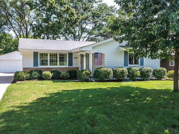 4 bed 3 bath Single Family at 2925 Meadow Ln West Des Moines, IA, 50265 is for sale at 200k - 1 of 26