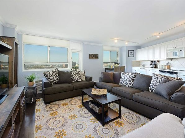1 bed 1 bath Cooperative at 100 Manhattan Ave Union City, NJ, 07087 is for sale at 280k - 1 of 14