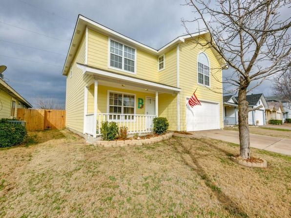 3 bed 3 bath Single Family at 1569 WILDFLOWER DR WAXAHACHIE, TX, 75165 is for sale at 225k - 1 of 25