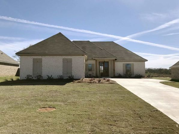 3 bed 2 bath Single Family at 303 Rockbridge Dr Madison, MS, 39110 is for sale at 241k - 1 of 26