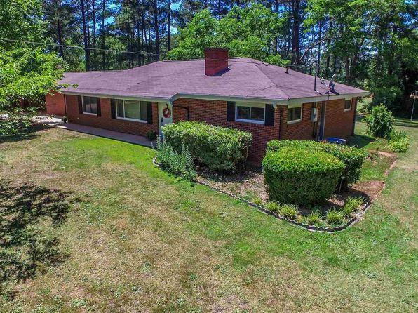 3 bed 2 bath Single Family at 401 FLAT SHOALS RD WOODBURY, GA, 30293 is for sale at 137k - 1 of 28