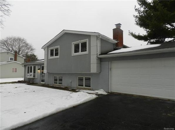 3 bed 2 bath Single Family at 2757 Caterham Dr Waterford Township, MI, 48329 is for sale at 190k - 1 of 32