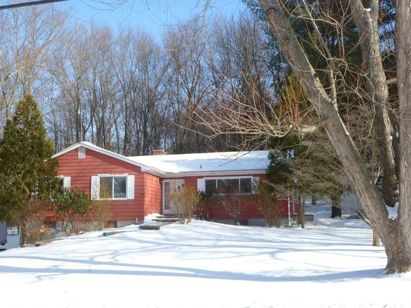 3 bed 2 bath Single Family at 15 Slate Hill Dr Poughkeepsie, NY, 12603 is for sale at 255k - 1 of 13