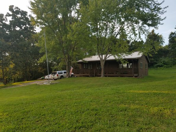 3 bed 1 bath Single Family at 105 Webb Ln Sullivan, MO, 63080 is for sale at 137k - 1 of 13