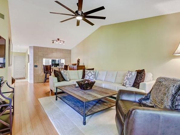 3 bed 2 bath Condo at 7719 Jewel Ln Naples, FL, 34109 is for sale at 246k - 1 of 10
