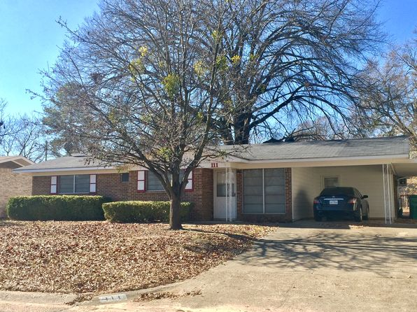 3 bed 2 bath Single Family at 111 Royale Dr Texarkana, TX, 75503 is for sale at 90k - 1 of 8