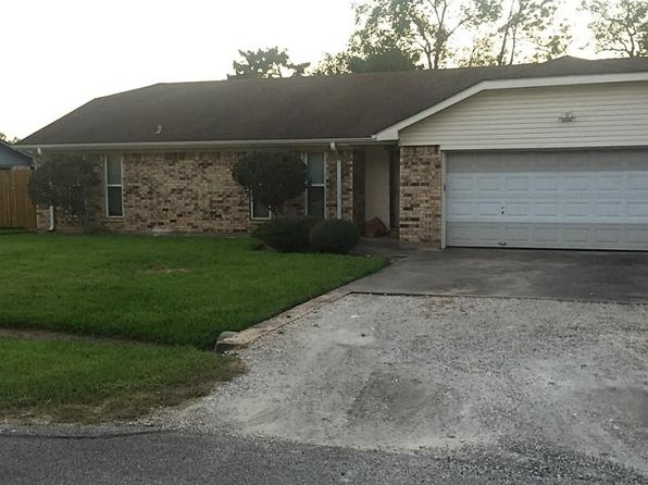 3 bed 2 bath Single Family at 2476 County Road 769b Brazoria, TX, 77422 is for sale at 149k - 1 of 23