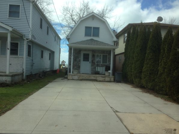 2 bed 1.5 bath Single Family at 7850 Long Island Ct Ira, MI, 48023 is for sale at 210k - 1 of 10