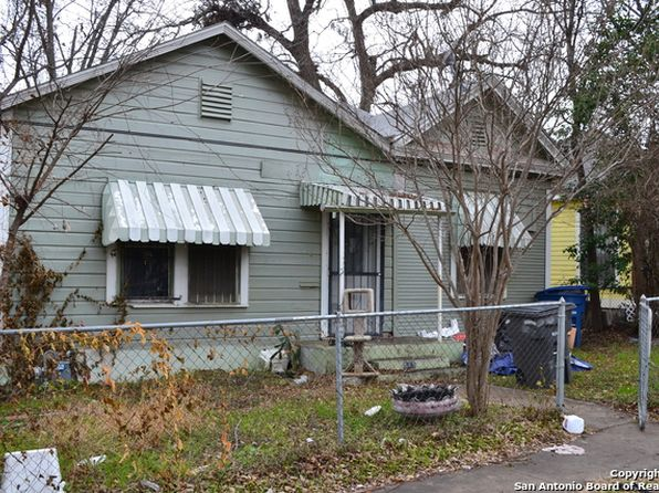 2 bed 1 bath Single Family at 415 N Monumental San Antonio, TX, 78202 is for sale at 180k - 1 of 12