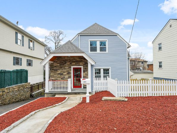 3 bed 2 bath Single Family at 211 Lockwood Ave Yonkers, NY, 10701 is for sale at 499k - 1 of 27