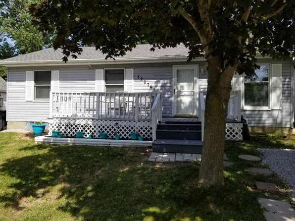 3 bed 1 bath Single Family at 12074 4th Ave Millersport, OH, 43046 is for sale at 133k - 1 of 29