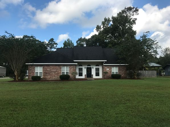 3 bed 2 bath Single Family at 2607 Jerrie St Sulphur, LA, 70663 is for sale at 270k - 1 of 16