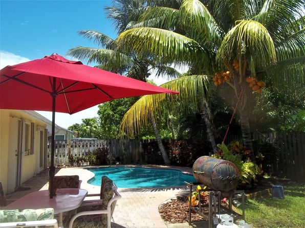 3 bed 2 bath Single Family at 7261 NW 46th St Lauderhill, FL, 33319 is for sale at 330k - 1 of 10