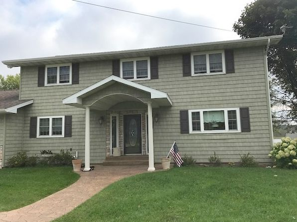 4 bed 2 bath Single Family at 10270 U.4 Ln Rapid River, MI, 49878 is for sale at 275k - 1 of 36