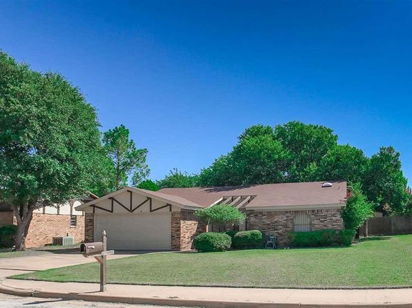 3 bed 2 bath Single Family at 4502 Trailwood Dr Wichita Falls, TX, 76310 is for sale at 142k - 1 of 30