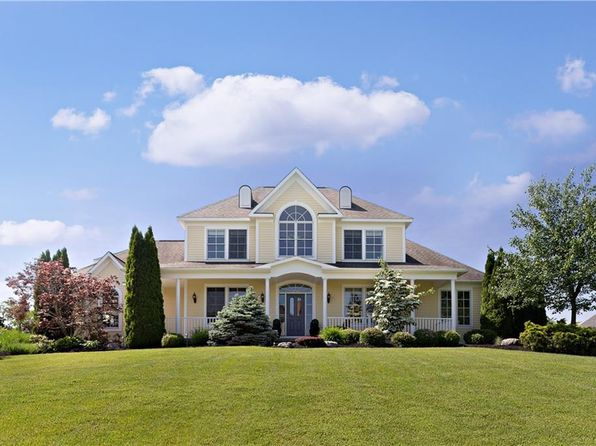 5 bed 5 bath Single Family at 1012 Butters Farm Ln Skaneateles, NY, 13152 is for sale at 700k - 1 of 25