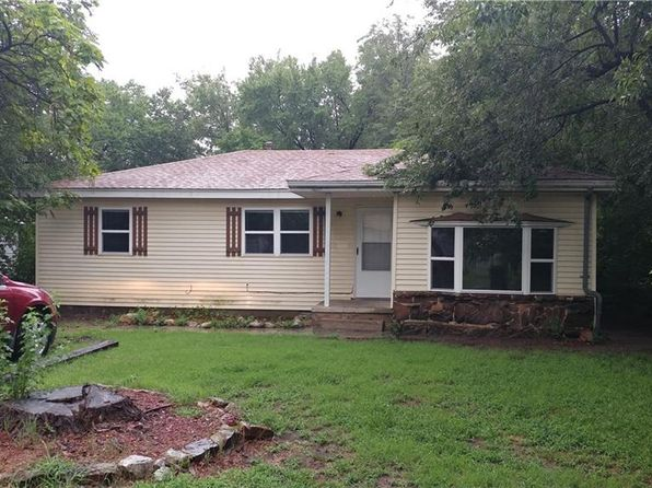 2 bed 1 bath Single Family at 220 W Mosier St Norman, OK, 73069 is for sale at 92k - 1 of 5