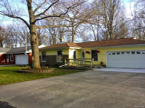 3 bed 2 bath Single Family at 25975 Matilda Ave Flat Rock, MI, 48134 is for sale at 135k - 1 of 34