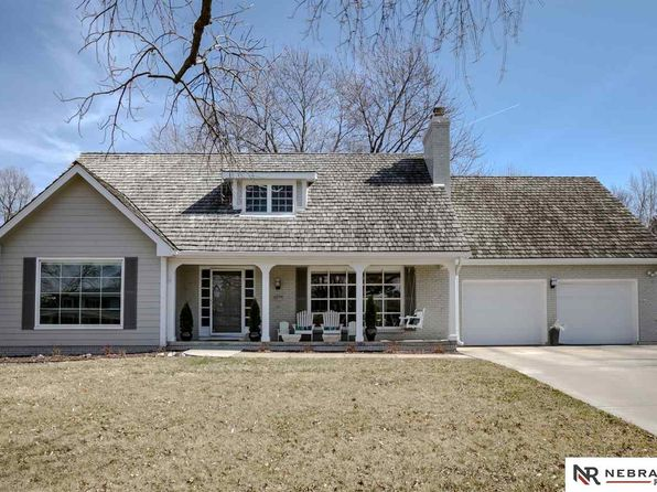 5 bed 4 bath Single Family at 9937 DEVONSHIRE DR OMAHA, NE, 68114 is for sale at 510k - 1 of 34