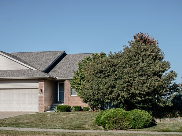 4 bed 3 bath Single Family at 5298 Red Fox Rd Bettendorf, IA, 52722 is for sale at 295k - 1 of 14