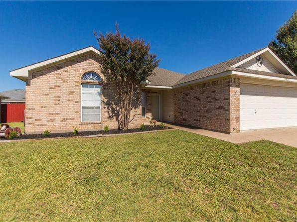 4 bed 2 bath Single Family at 202 Cherokee Trl Alvarado, TX, 76009 is for sale at 148k - 1 of 23