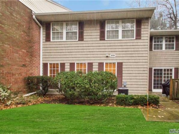 3 bed 3 bath Condo at 2 Woodtree Dr Woodbury, NY, 11797 is for sale at 482k - 1 of 15