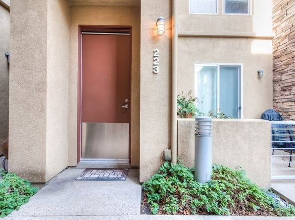 2 bed 3 bath Condo at 223 E Jeanette Ln Santa Ana, CA, 92705 is for sale at 500k - 1 of 35