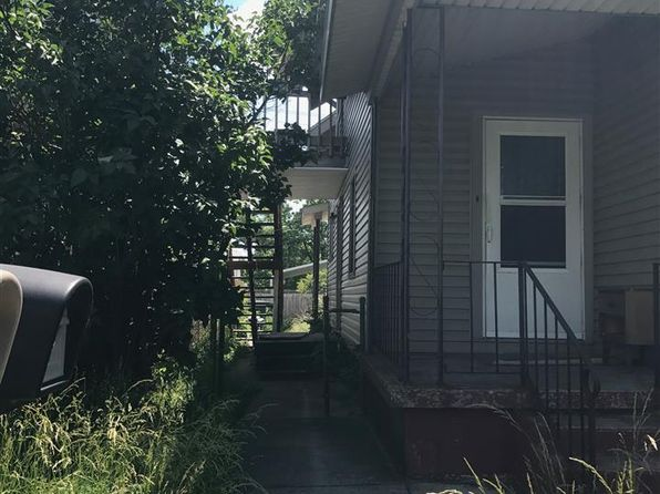 3 bed 2 bath Single Family at 1910-1914 S Walnut Muncie, IN, 47302 is for sale at 16k - 1 of 3
