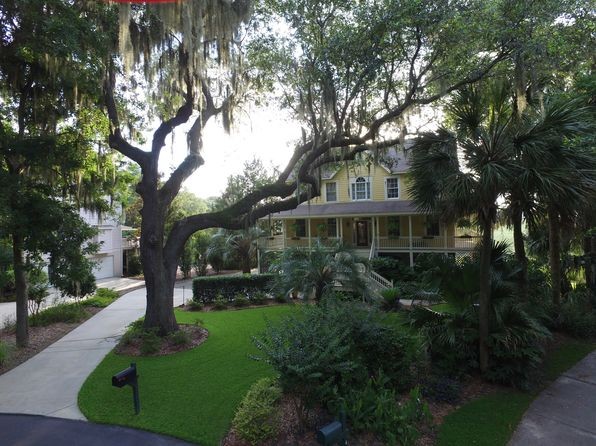 3 bed 3 bath Single Family at 43 Old House Creek Dr Hilton Head Island, SC, 29926 is for sale at 698k - 1 of 31