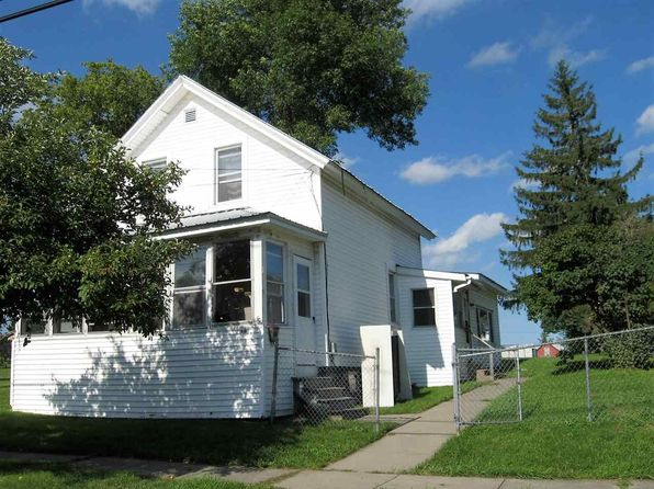 3 bed 2 bath Single Family at 1014 Mechanic St Ogdensburg, NY, 13669 is for sale at 25k - 1 of 8