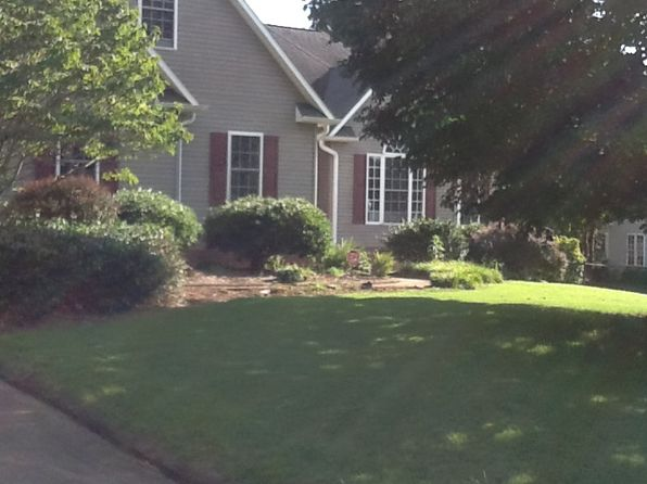 3 bed 2 bath Single Family at 380 Spring Valley Ln Inman, SC, 29349 is for sale at 235k - google static map