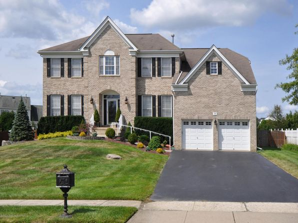 5 bed 3 bath Single Family at 75 Princeton Oval Freehold, NJ, 07728 is for sale at 680k - 1 of 72