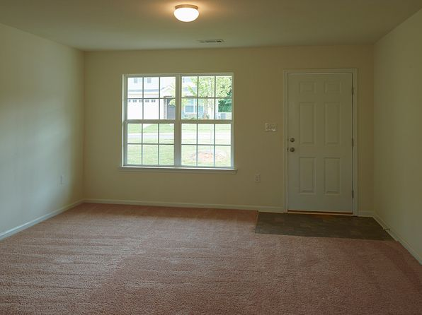 3 bed 3 bath Single Family at 104 Charterhouse Ave Piedmont, SC, 29673 is for sale at 160k - 1 of 22