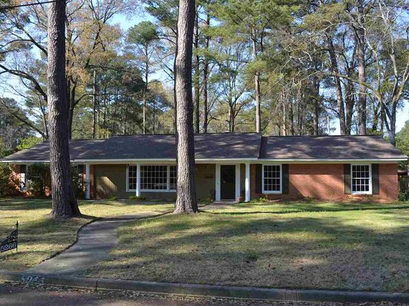 4 bed 2 bath Single Family at 5266 Saratoga Dr Jackson, MS, 39211 is for sale at 160k - 1 of 22