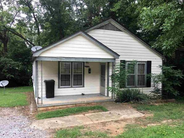 2 bed 1 bath Single Family at 432 Bishop St Dyersburg, TN, 38024 is for sale at 30k - 1 of 6