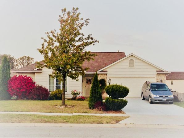 3 bed 2 bath Single Family at 3236 BLUEFIELD PL FORT WAYNE, IN, 46818 is for sale at 145k - 1 of 15