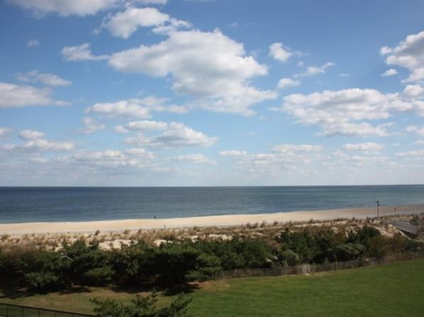 1 bed 1.5 bath Single Family at 408 Dover House Rd Bethany Beach, DE, 19930 is for sale at 355k - 1 of 32