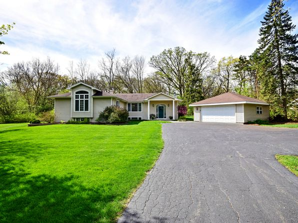 4 bed 3 bath Single Family at 115 Forest Ave Roselle, IL, 60172 is for sale at 430k - 1 of 27