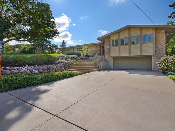 4 bed 3 bath Single Family at 36 Diana Rd Ogden Dunes, IN, 46368 is for sale at 955k - 1 of 23
