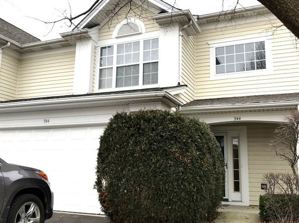 2 bed 3 bath Townhouse at 944 Huntington Dr Elk Grove Village, IL, 60007 is for sale at 250k - 1 of 19