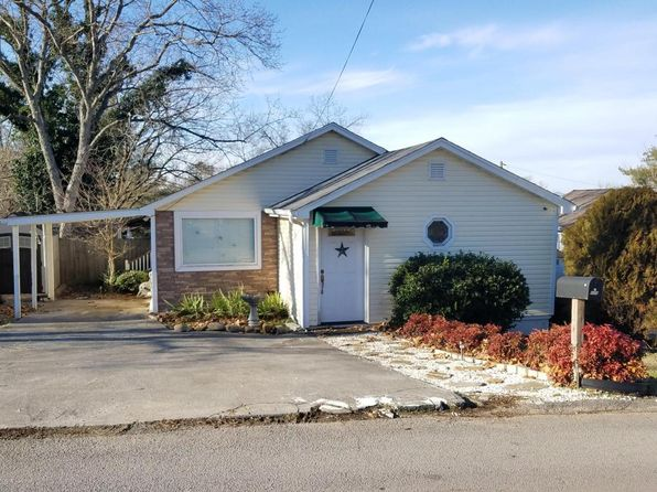 2 bed 1 bath Single Family at 119 Rogers Cir Lenoir City, TN, 37771 is for sale at 97k - 1 of 30