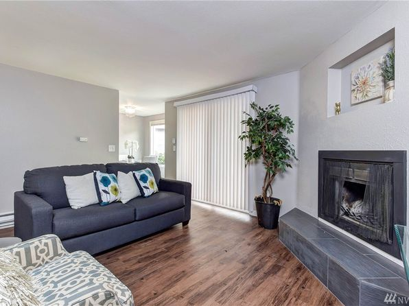 2 bed 1 bath Condo at 1860 Central Pl S Kent, WA, 98030 is for sale at 160k - 1 of 17