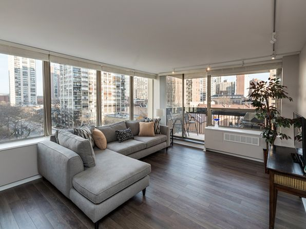 1 bed 1 bath Condo at 1355 N Sandburg Ter Chicago, IL, 60610 is for sale at 283k - 1 of 17